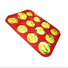 100% Food Grade Silicone Baking Cookware Tray 12cup Muffin/Cupcake Pan