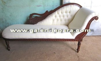 Swan chaise lounge sofa antique reproduction indonesia for Antique reproduction chaise lounge
