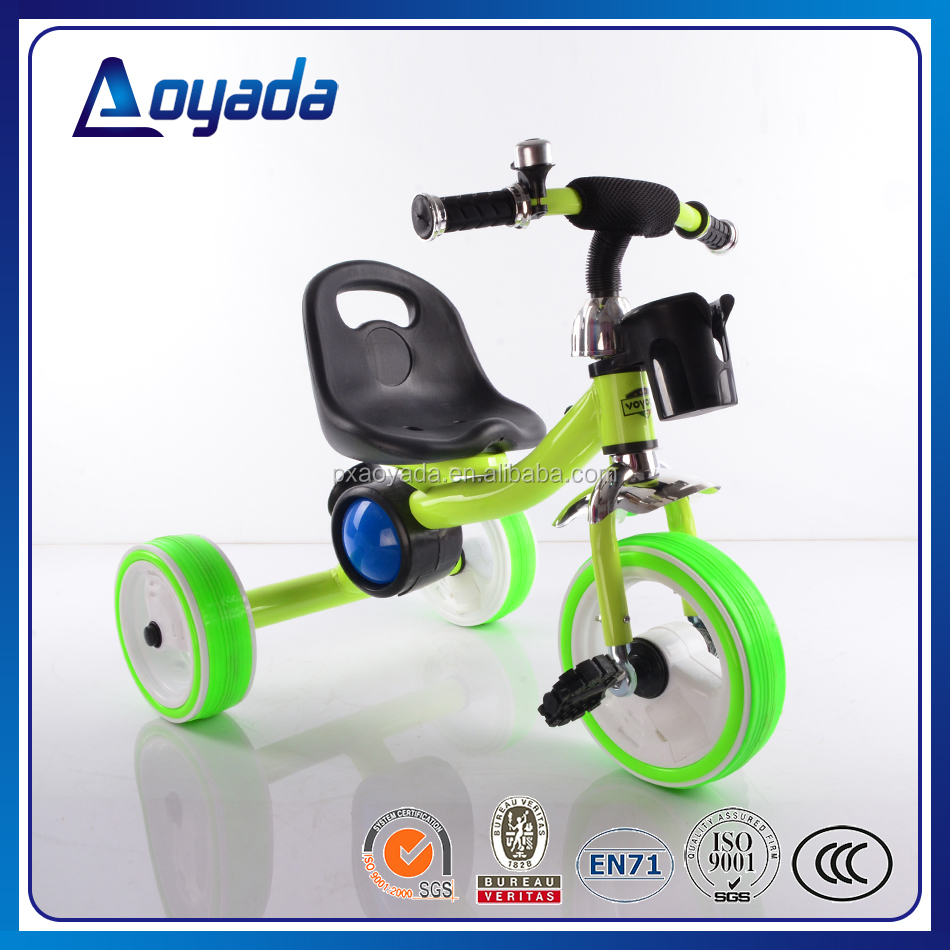 2017 hot selling flashing wheel tricycle for kids, new model pretty flashing light kids tricycle