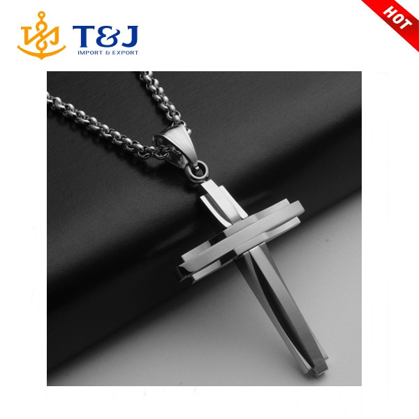 2015 wholesale men fashion latest titanium cross personalized pendant necklace