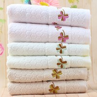 Sandy High end Satin Embroidered flowers towel beige bright color 100% cotton beach towel thick bath towel