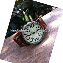 Vintage antique custom real leather arabic numbers men watches China direct wholesale.