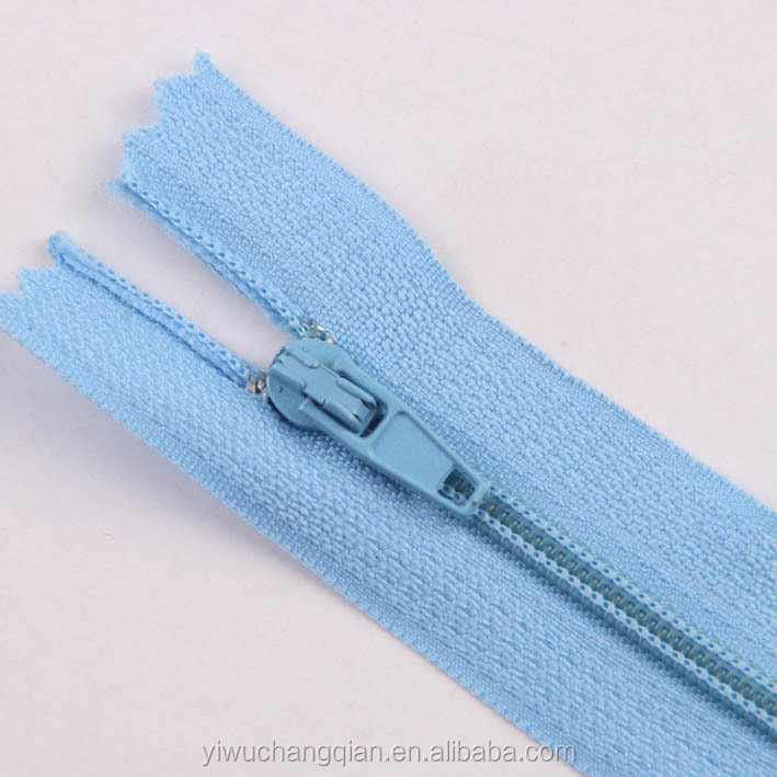 Manufacturer wholesale latest shoes parts 3# normal slider zippers