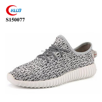 cheap custom brand breathable yeezy 350 sneaker shoes men