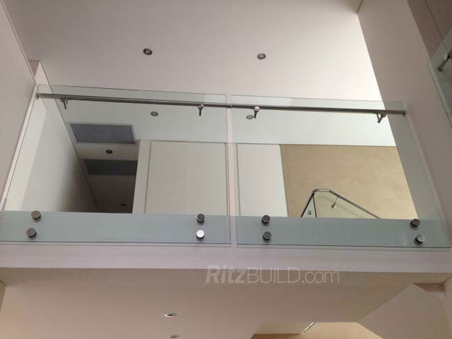 2014 American style & hot sale handicap stair rails