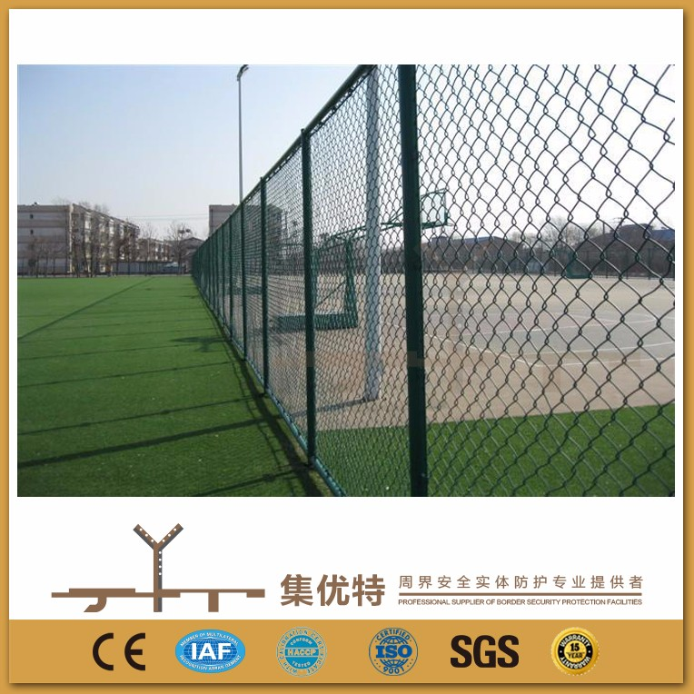 Customized size galvanized and PVC coated chain link tennis court fencing