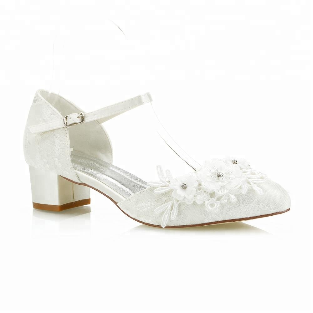 Comfortable Dyeable Satin Wedding Shoes Low Heels Pretty Flower Trim