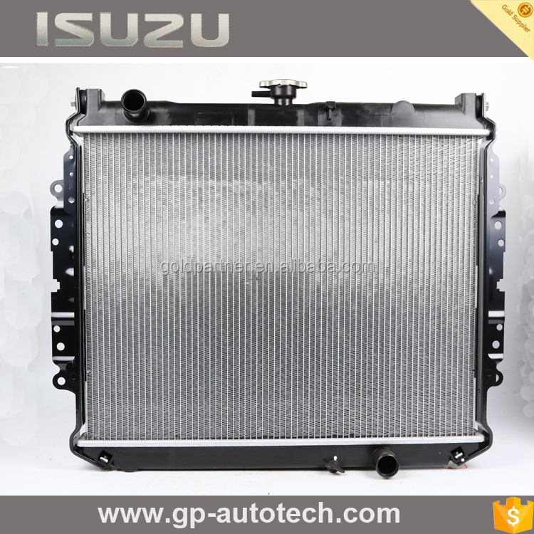 Radiator assembly for heavy duty trucks