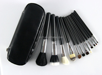 2015 New product goat hair wood handle 12pcs chain black bag brush for makeup
