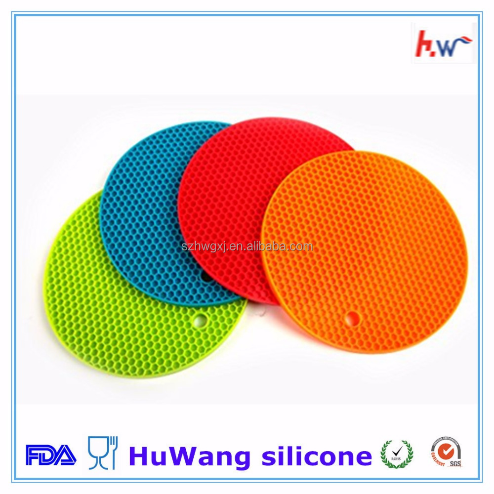 Durable heat resistant silicone pot holder trivet mat
