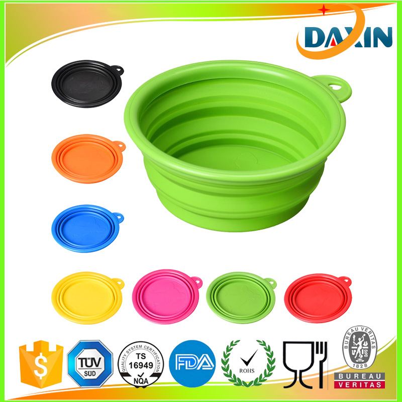 Dongguan FDA food grade collapsible silicone travel dog bowl with carabiner hook