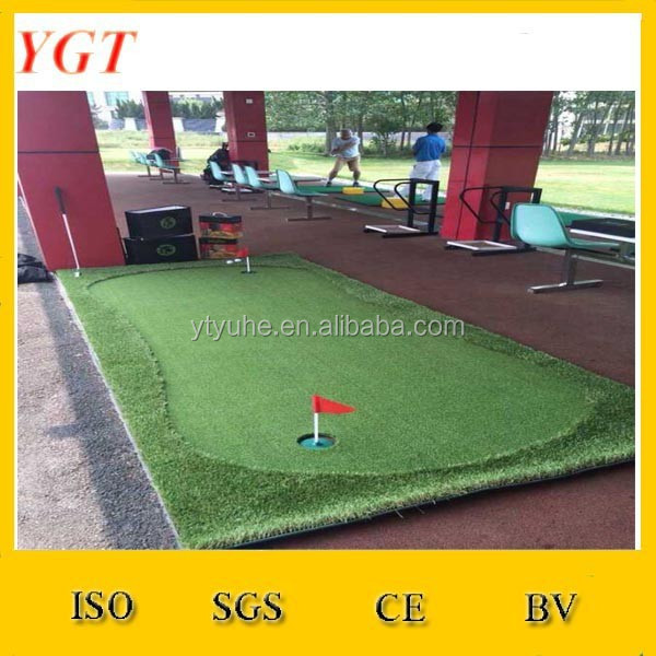 Miniature Golf Putting Mat For Home Golf Practice