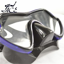 Low volume mask for underwater hunting/spear fishing M11