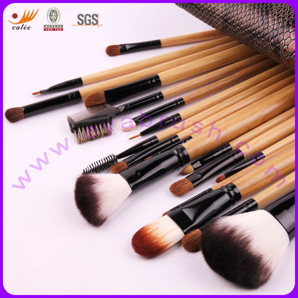18pcs Real Hair Nylon Hair Silver Wood Handle Professional Make up Brushes Set with Faux Crocodile Skin Pouch