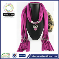 Beautiful design heart ornament pendant scarf