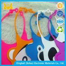 A Adult Silicone Rubber Reversible Training Baby Bibs,BabyClothes Manufacturers China