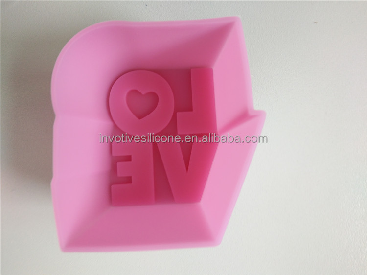 Custom logo heart shape recycled silicone cupcake liners