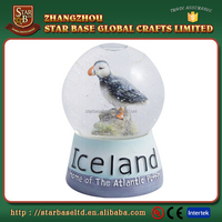 Resin base glass ball souvenir pretty Iceland snow water globe with low price