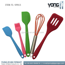 5PCS Spatula, brush, slotted turner and egg whisk Kitchen Baking silicone cooking utensils set
