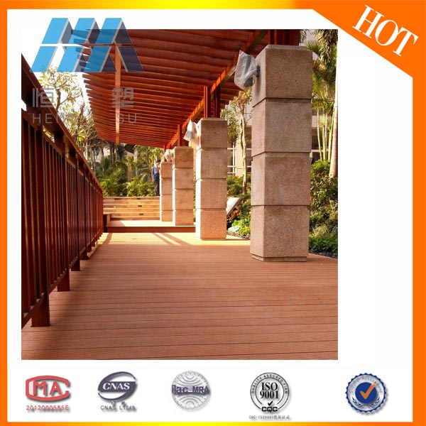Good Price Ecological Wood Plastic Hollow Core Flooring