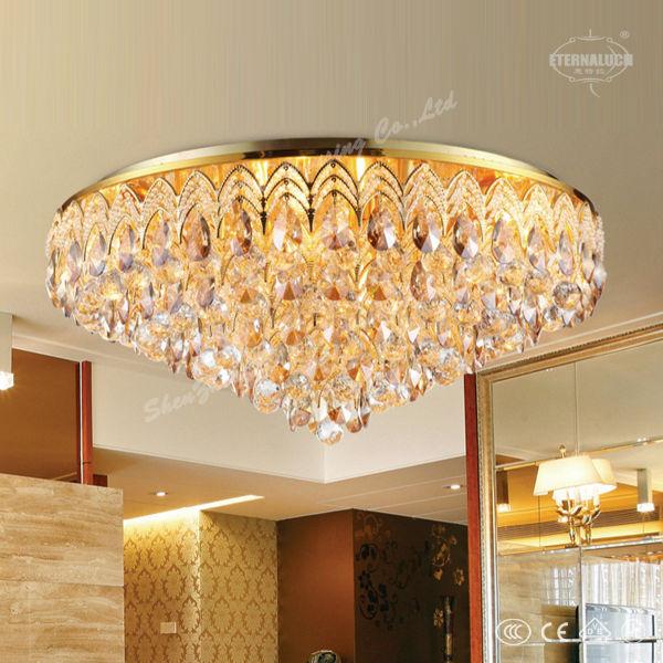 El proyecto de hotel de cristal l mparas de techo para el for Lamparas de techo para salon