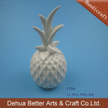 White Ceramic Art Crafts Pineapple For Home Decoration
