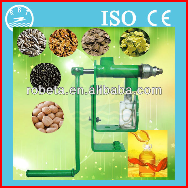 Hand Operated Oil Expeller with Various Oilseeds