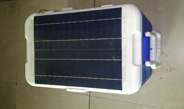 25L solar power mini fridge with two years warranty for compressor