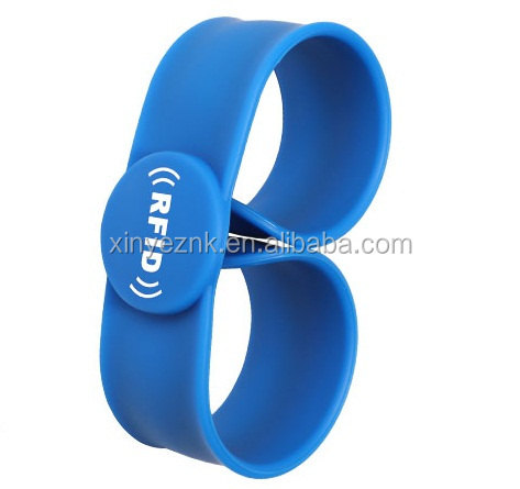 High quality ISO14443A 13.56MHz Custom Printing NFC Woven/Fabric Wristband for festival and events
