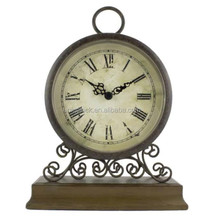 2017 Fashion antique MDF wood table clock with metal case and wood stand
