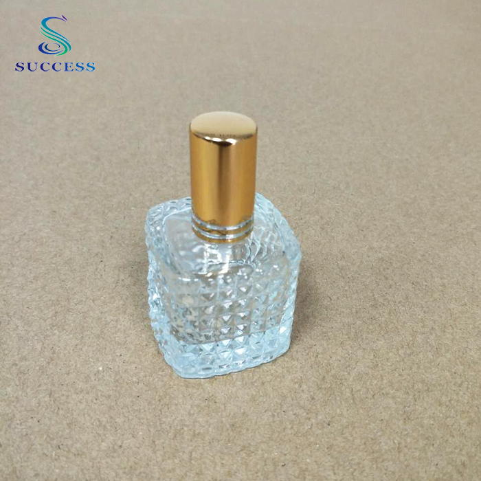 Factory Sale Hand Hold Clear Crystal Perfume Glass Spray Bottle 20ml
