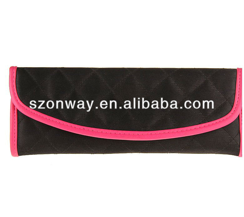 Roll up cosmetic brush bag