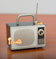 Doll house Wood Miniature Portable Television with Antenna old-fashioned HC017