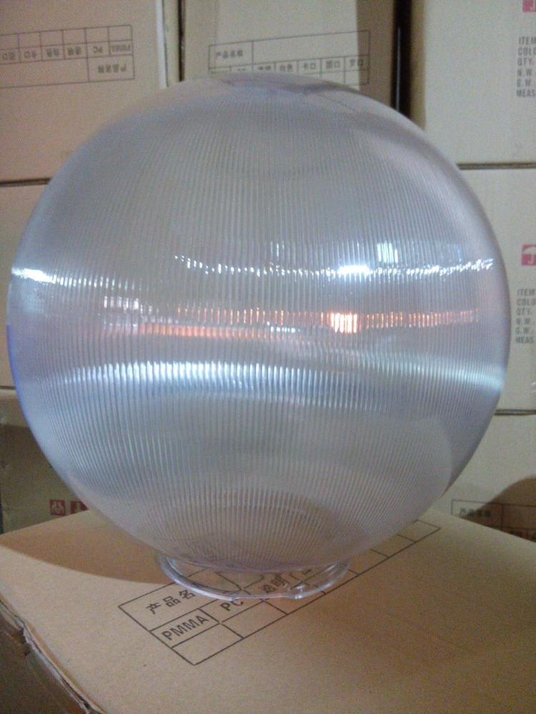 Prismatic PMMA PC globes with different diameters