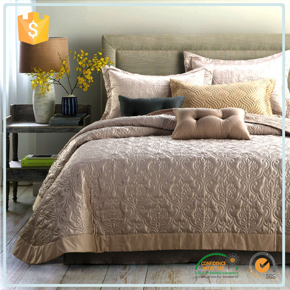 Gold Supplier China Coverlets And Bedspreads / Full Size Handmade Quilted Waterproof Home Goods Bedspread Fabric