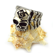 Latest new model male punk style fashion wholesale skull rings