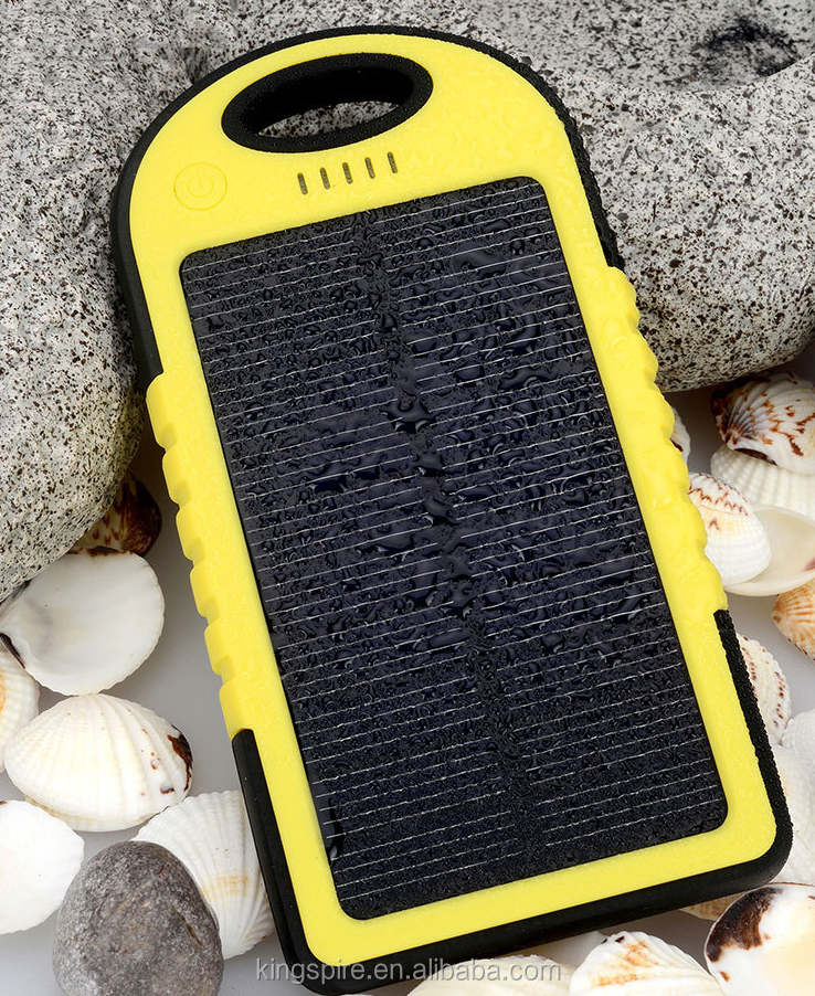 2016 New Hot Battery Portable Waterproof Solar Powerbank Mobile Phone Charger