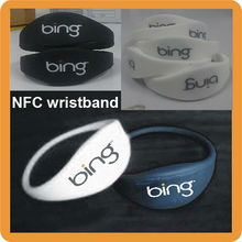 Factory Price Silicone Rfid NFC Wristband With Logo