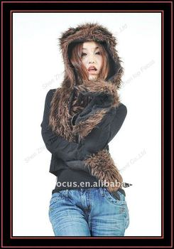 FURRY POCKET HATS WITH PAWS BROWN BEAR