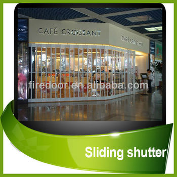 Polycarbonate transparent roller shutter door