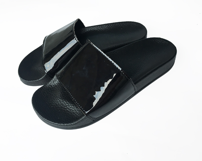Fashion patent leather pu custom logo sliders slippers
