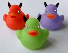 rubber bath duck toy/ design size soft PVC duck