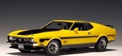 Model Car-AutoArt 1971 Ford Mustang Mach 1 Fastback - Yellow