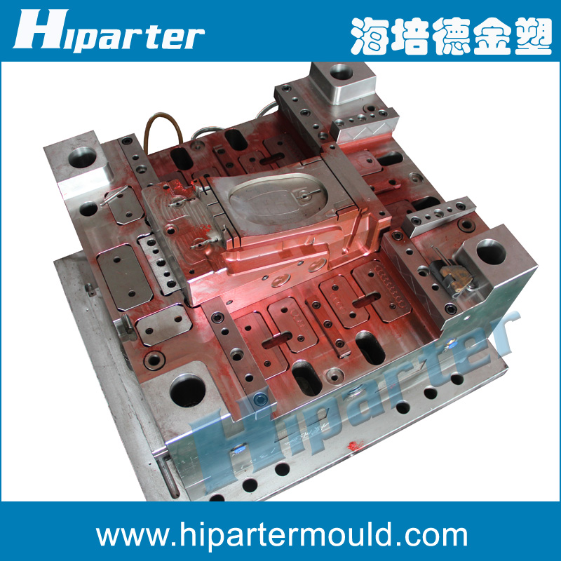 Professional plastic mould manufacturer making injection mold