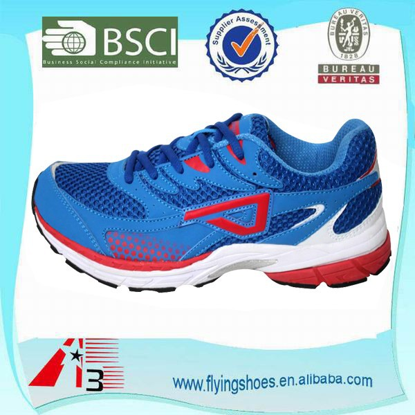 2015 latest model new design mesh upper breathable male sports shoes