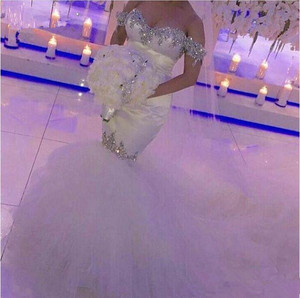 Off-the-shoulder Mermaid Wedding Dresses 2019 Hot Selling New Court Train Luxury Crystal Rhinestone Tulle Bridal Gowns