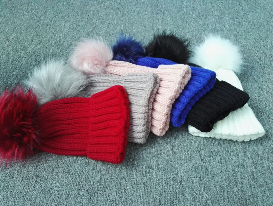 Funny Fur Balls On Winter Hats Top Quality 12cm Girls With Animals Sex Wholesale Fox Fur Pompom