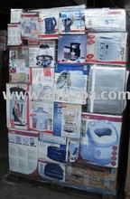 Pallets with various household & kitchen appliances from customer returns and warranty returns