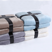 Custom luxurious light dyed color super soft mink blanket Polar flannel fleece fabric sheets