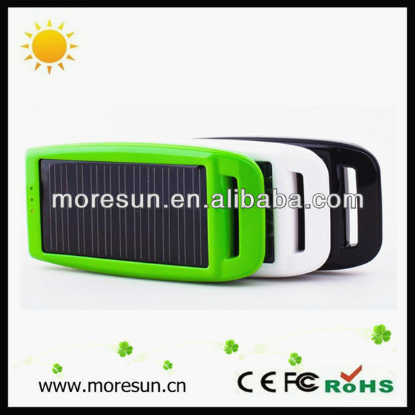Promotional items smart solar phone charger cell phone external battery